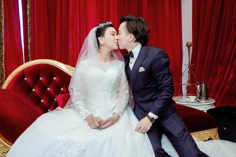 朋友群的會心一笑,就我們笑的最燦爛-台北婚禮攝影師,婚禮攝影師阿崑,婚禮攝影作品